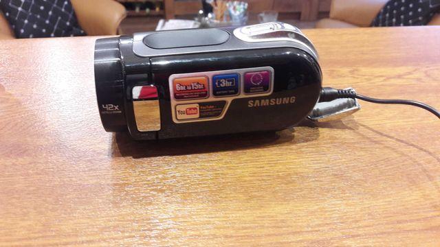 Kamera cyfrowa Samsung SMX-F30 + pokrowiec