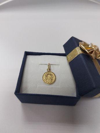 Złoty komunijny medalik z Matką Boską próba 585