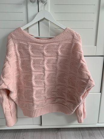 Sweterek pudrowy roz