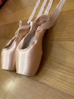 Sabrinas-pontas Gaynor Minden Ballet