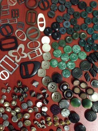 Пуговицы разные на шубы кофты блузы, швейная фурнитура на ремни сумки