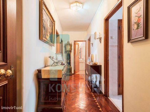 Apartamento T5 em Queluz para venda - Oportunidade