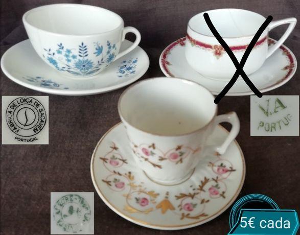 Chávenas antigas Sacavem, Vista Alegre e Limoges