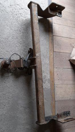Фаркоп с креплением универсальный на джип