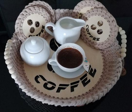 Zestaw kawowy taca plus 4 podkładki
