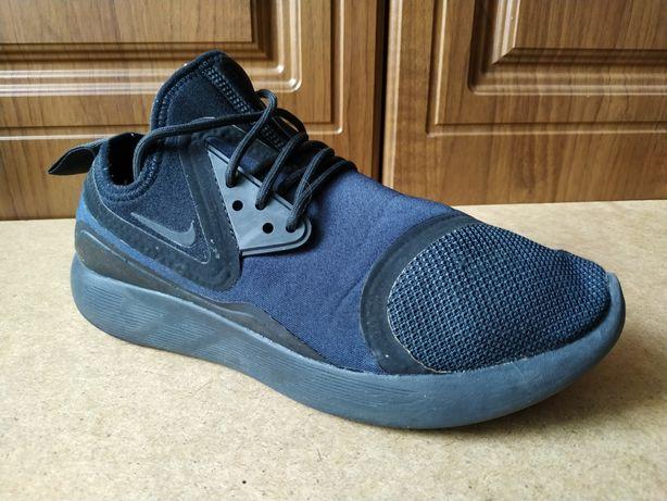 Оригинальные кроссовки Nike Lunarcharge essential 42 adidas puma