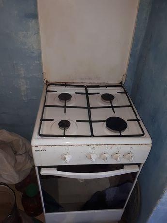 Продам газовую плиту в хорошем состоянии