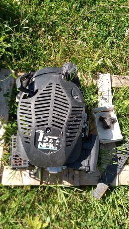 Silnik do kosiarki spalinowej NAC575 w całości