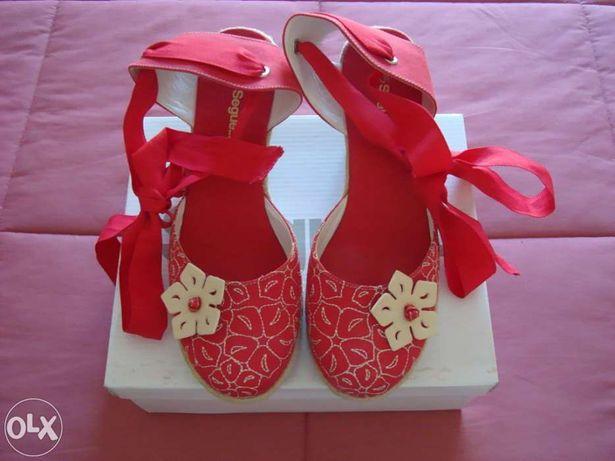 Sapatos de cunha n.º39 novos