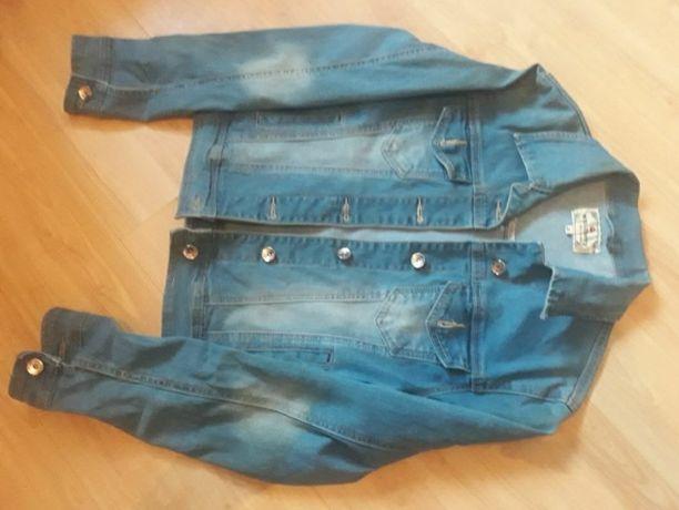 Kurtka jeansowaa