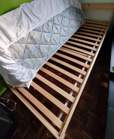 Cama Neiden Ikea cor castanha + estrado