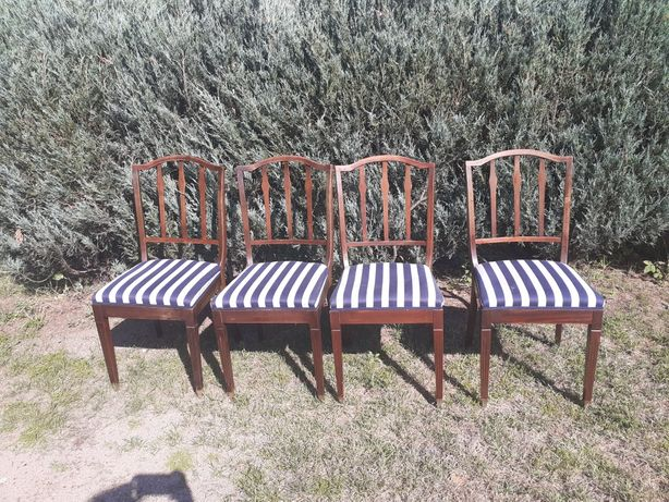 Sprzedam krzesła antyczne tapicerowane