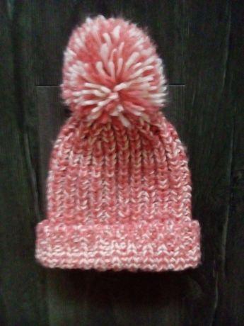 Тёплая шапка на девочку ог 53-56 Hollyster