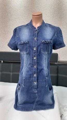 Продам два джинсовых платья