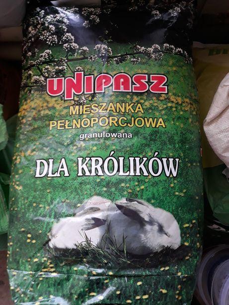 Mieszanka pełnoporcjowa dla królików Unipasz