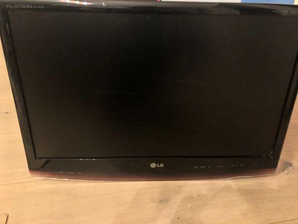"Monitor 23"" LG Flatron M2362D-PC"