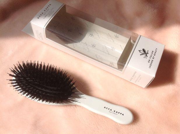 Щетка для волос Acca Kappa Pneumatic (белая, лакированная, массажная)