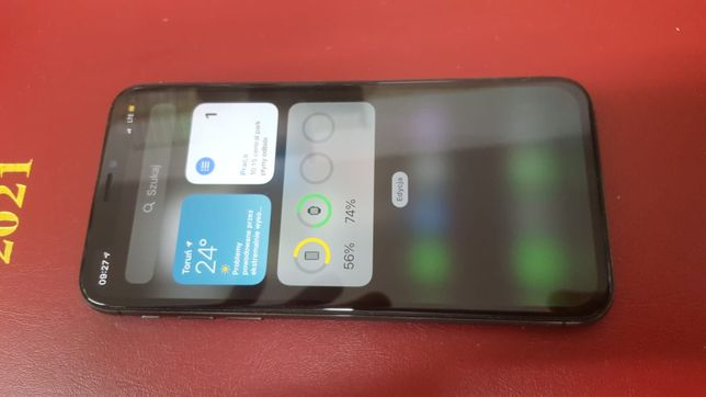Iphone x 64gb gwiezdna szarość