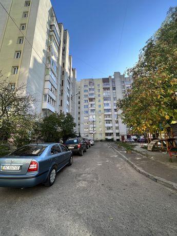Продаж 4км на вул Роксоляни