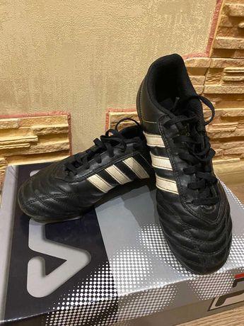 Сороконожки,обувь для футбола, Adidas оригинал,35 р.