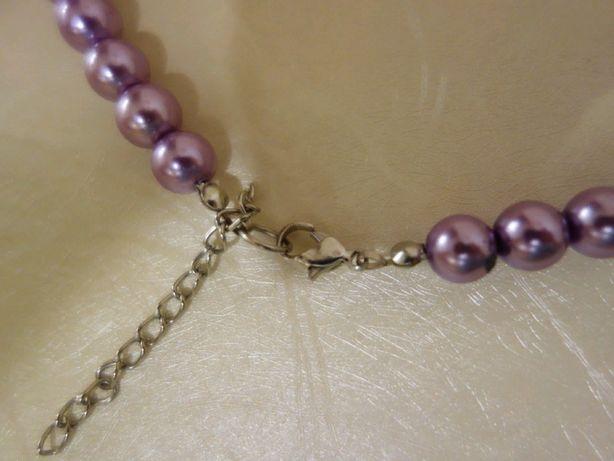 Бусы ожерелье бусики на застежке, состояние новых, длина 40-45 см.