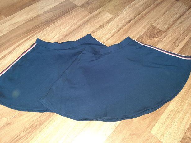 H&M r. 122 - 128 spódniczki z lampasami, paskami. dla bliźniaczek