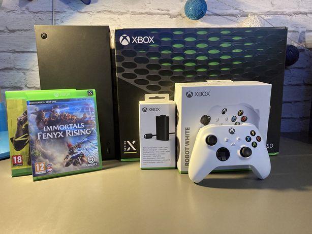 Konsola Xbox Series X + Pad + 2 gry