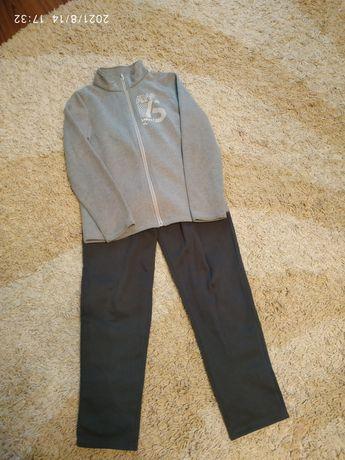 Спортивный костюм на девочку 9-12 лет