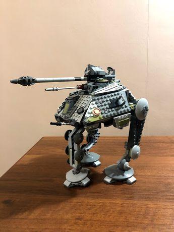 Конструктор LEGO Star Wars Шагающий танк AT-AP (75043) (бронь)