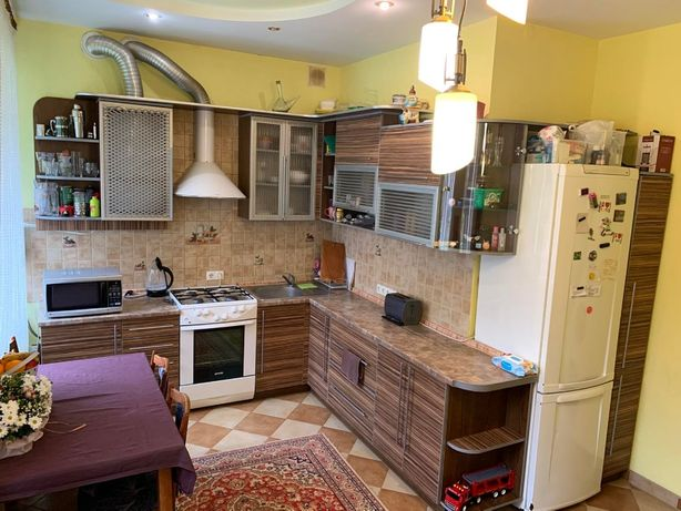 Продаж 3 кімнатноі квартири в с. Липівка