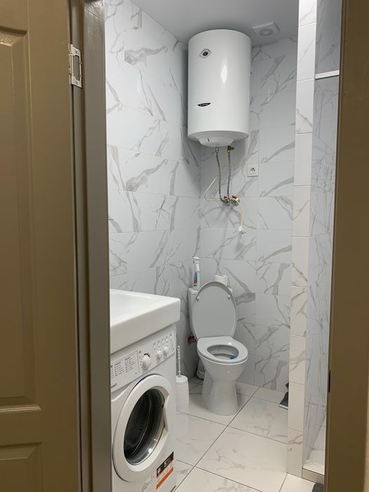 Сдам квартиру посуточно 16 ст фонтана-1