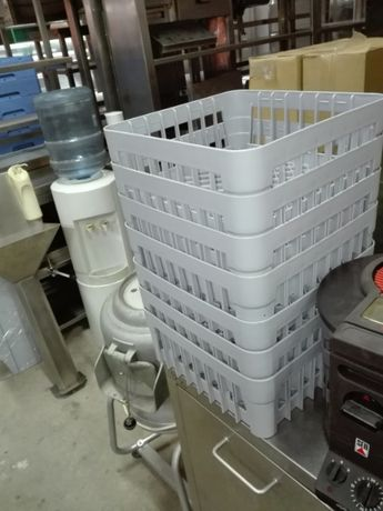 Cesto plástico p/ máquina de lavar louça 350x350 mm (novos)