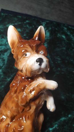 Статуэтка гдр винтажная фарфоровая собака 21 см