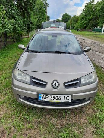 Продам машину Renault