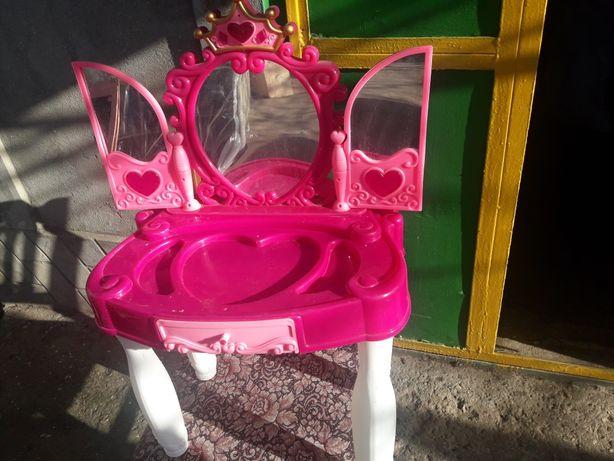 Музыкальное зеркало для девочки