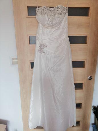 Suknia ślubna rozmiar 38 oddam za darmo