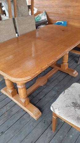 Stół dębowy z krzesłami