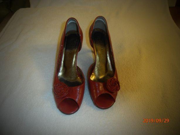 Eleganckie buciki Ryłko 37,5 ale rozmiar na 38