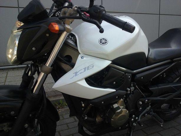 Yamaha XJ6 naked
