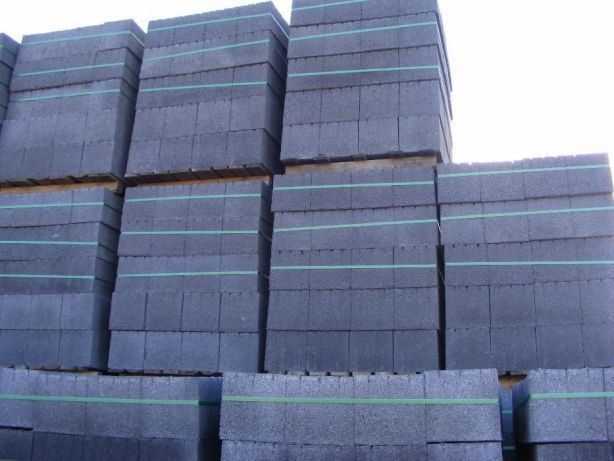 Pustaki żużlowe '19 Bloczki betonowe