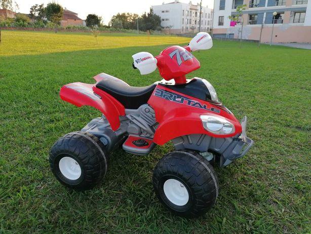 MOTO 4 Elétrica FEBER - Quad Brutale Desert Trophy 12V p/ crianças