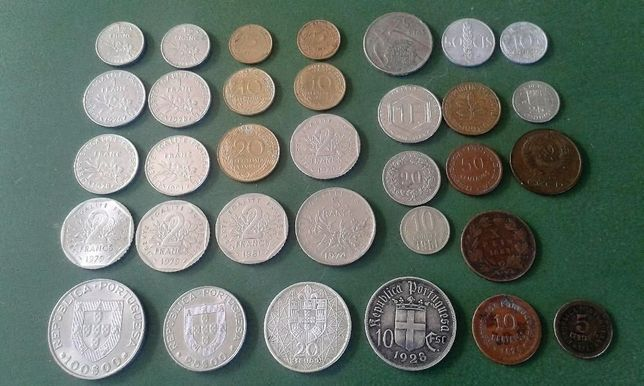 moedas antigas em prata
