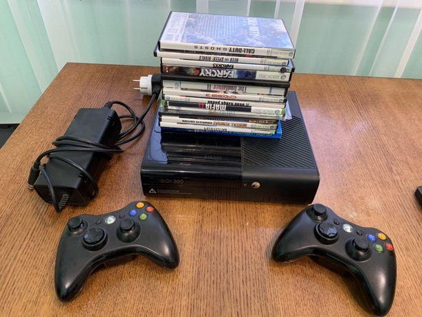 Xbox E360 Lt 250 gb+2 джойстика