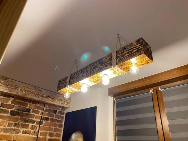 Lampa loftowa, industrialna, belka drewniana