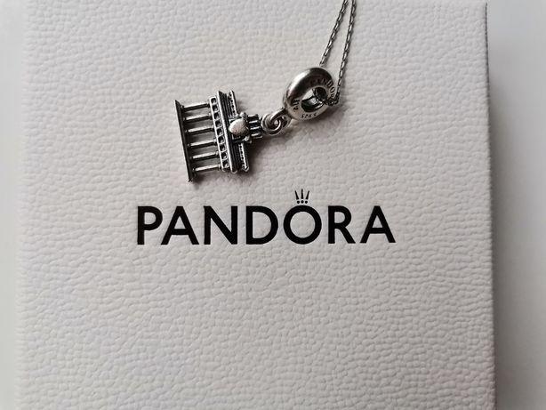 Pandora charms brama Brandenburska