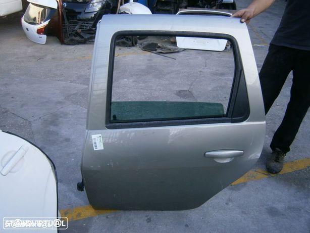 Porta Dacia Duster 2010