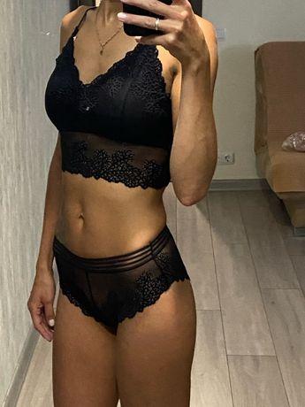 Женский кружевной комплект нижнего белья