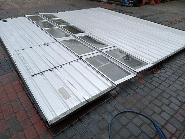 Brama garażowa panelowa segmentowa