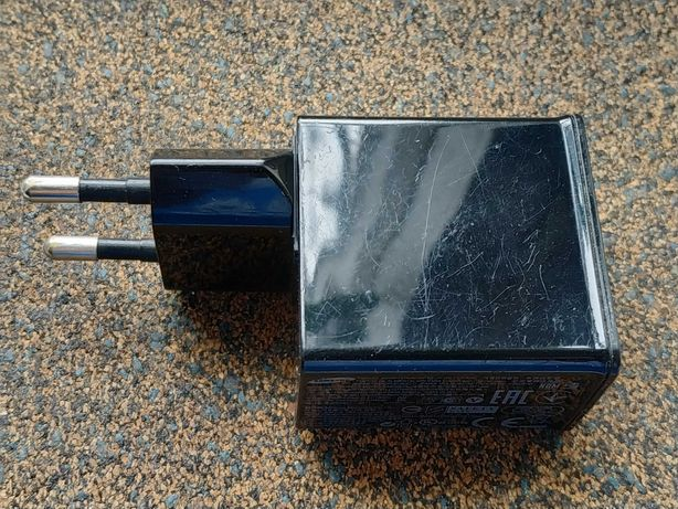 USB зарядка ETA-P11JBE 5V 2A для планшета Samsung GT-P6200 Galaxy Tab