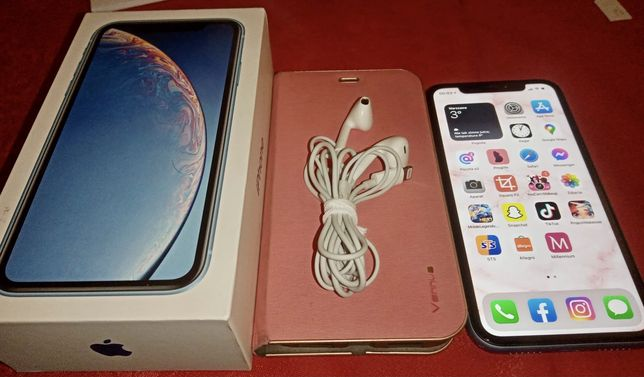 Blue Iphone Xr 64 GB